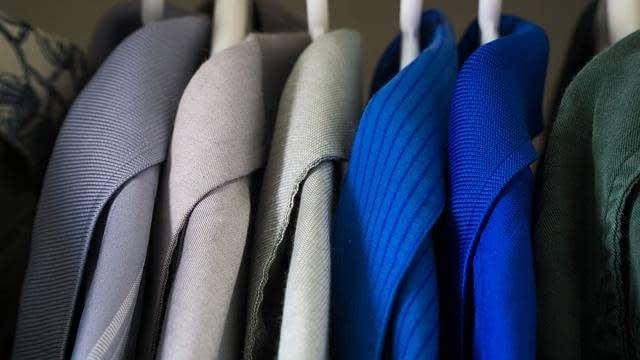 ¿Cómo empaquetar la ropa para la mudanza?